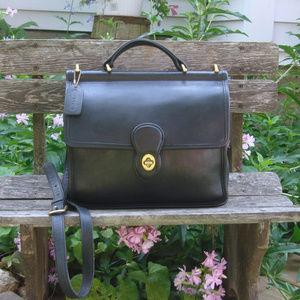 Vintage Coach Black Leather Willis Messenger Bag